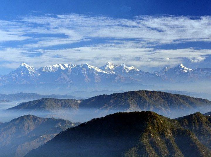 mountain trekking at himachal