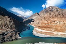 leh ladakh view from himalayan footslog
