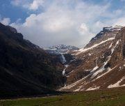 rupin pass waterfall at himachal